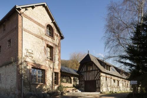 Hôtel Auberge de la Source - Exterior