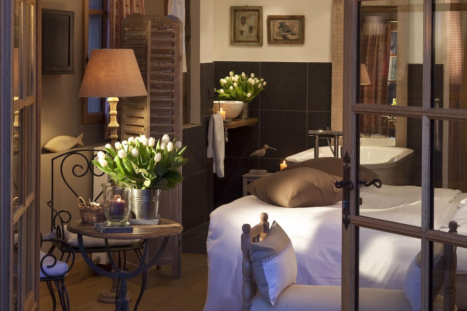 Deco Maison De Charme hotel auberge de la source ****   4 star hotel normandy